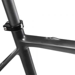 Lightweight Carbon Fiber Road Bikes Frame–Climb the mountain easier